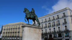 Spain - Madrid, Puerta Del Sol - Carlos III statue Stock Footage