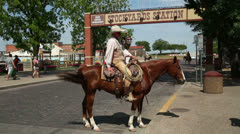 Cowboy, cattle drive, fort worth stockyards, texas, usa Stock Footage