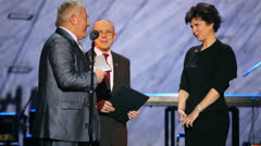 V.Pugachev and V.Borovik-Hilchevskaya at award ceremony Stock Footage