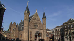 Entrance Ridderzaal (Knights Hall) Centre of Dutch politics + pan gallery Stock Footage