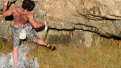 Deep water solo climber Stock Footage