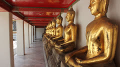 Buddhist statues Stock Footage