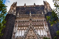 facade christ disciples statues cathedral of saint mary of the see seville sp - stock photo