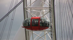 Red observation capsule on the London Eye Stock Footage