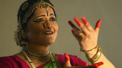 Expressions of a traditional Indian dancer Stock Footage
