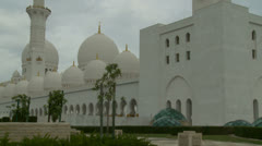 Sheikh Zayed Grand Mosque in Abu Dhabi (1) Stock Footage
