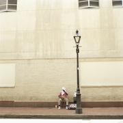Street muusikko tauolla, New Orleans, Louisiana, USA Kuvituskuvat