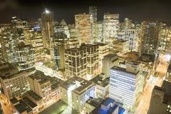 Vancouver kaupunkikuvan yöllä Kuvituskuvat