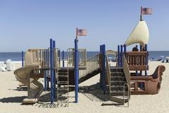 Leikkipaikka tehty näyttämään aluksen Virginia Beach, Virginia, USA Kuvituskuvat