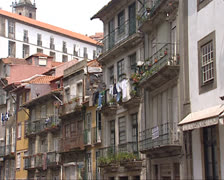City of Porto, old quarter dilapidated facades + laundry Stock Footage