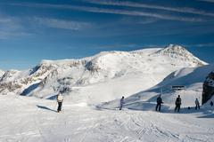 Ski resort Kuvituskuvat