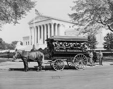 Sightseeing guide in Washington D.C. - stock photo