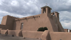Side view of famous Taos church- Saint Francis of Assis Stock Footage