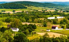 View of hills and farmland in virginia's piedmont, seen from sky meadows stat Stock Photos