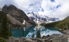Moraine lake, banff national park, alberta, canada Stock Photos