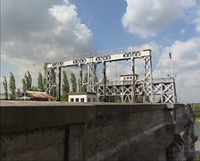 Boat lift no. 4 at Thieu in Canal du Centre + tilt down engine room building Stock Footage