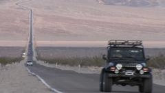 Jeep On Endless Highway 190, Death Valley Stock Footage