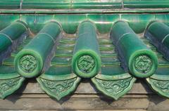 Green tiles with dragon detail, Temple of Heaven, Beijing Stock Photos