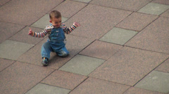Baby crawling on all fours Stock Footage