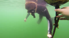Free diver Stock Footage
