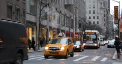 Ultra HD 4K NYC Avenue Of The Americas, New York City, Commuters, Work to Home - stock footage