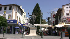 Statue in a public plaza in central Antalya Stock Footage