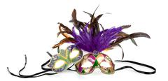 Mardi Gras naamiot valkoisella pohjalla Kuvituskuvat