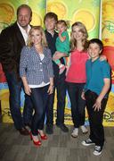 Disney / abc television ryhmän paina kekkerit. Kuvituskuvat
