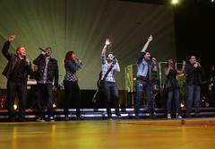 the 2009 american idol finalists.american idols live! tour 2009 - los angeles - stock photo