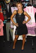 Dancing with the stars  karina smirnoff.celebrities visits the ed hardy outle Stock Photos