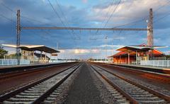 Matkustajajuna asemalta Kuvituskuvat