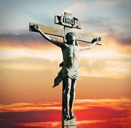 Jeesuksen Kristuksen ristiinnaulitsemisen auringonlaskua Kuvituskuvat