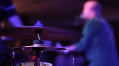 Rackfocus drums and singer Stock Footage