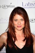debra messing.launch party for latisse .held at a private location.west holly - stock photo