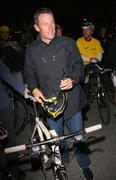 """Nike sportswear and lance armstrong launches """"stages"""" Stock Photos"""