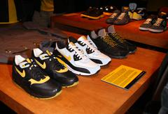"atmosphere.nike sportswear and lance armstrong launches ""stages"" .held at the - stock photo"