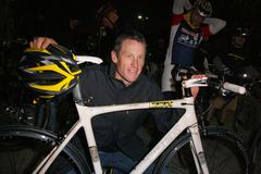 """lance armstrong.nike sportswear and lance armstrong launches """"stages"""" .held a - stock photo"""