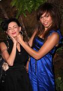 Brittany Flickinger voittaja ja zui toiseksi sijoittunut MTV tositv 'paris hilto Kuvituskuvat