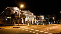 Time lapse of the theatre of Montevideo at night. - stock footage