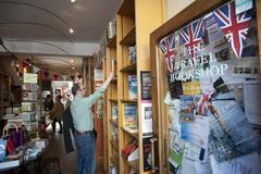 Travel book shop portobello market london Stock Photos