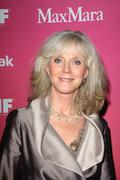 Blythe danner.2009 women in film crystal + lucy awards - arrivals .held at hy Stock Photos