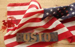 Amerikan lipun veritahroja ja Boston sana Kuvituskuvat