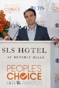 johnny galecki.people's choice awards 2010 - nomination announcement press co - stock photo