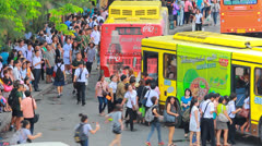 Mass transportation With chaos. Stock Footage