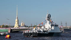 Military ship on the Neva River against Peter and Paul fortress Stock Footage