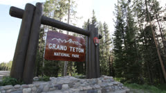 Grand Teton National Park Entrance sign Stock Footage