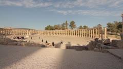 Jordan Jerash columns ruins panning Stock Footage