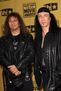 """Steve """"lips"""" kudlow and robb reiner of the band anvil .15th annual critics' c Stock Photos"""
