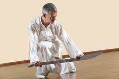 Kung Fu, Daoshu, Xiebu Xia, Man holding miekka Kuvituskuvat