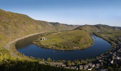 Germany, Rhineland-Palatinate, Bremm, View of winding mosel river and vineyard Stock Photos